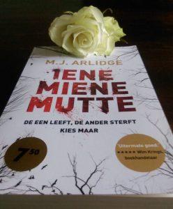 Iene Miene Mutte boekcover